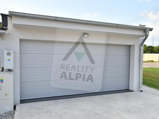 Reality Samostatne stojaca garáž, Komárno, Sídlisko V
