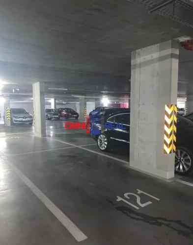 Reality Parkovacie státie, Zuzany Chalupovej, -2P,  Slnečnice byt. dom A1