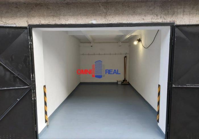 Reality Garáž 18 m2, Papraďová ul., elektrika, pozemok v OV