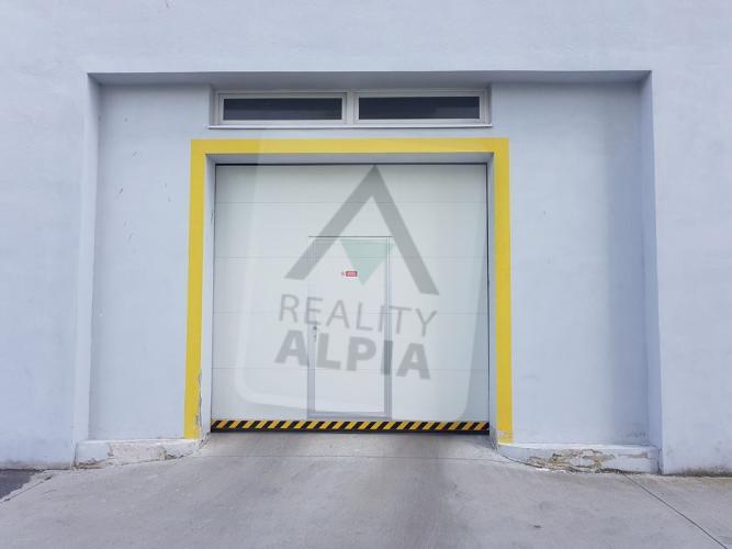 Reality Hromadná garáž, Banská Bystrica