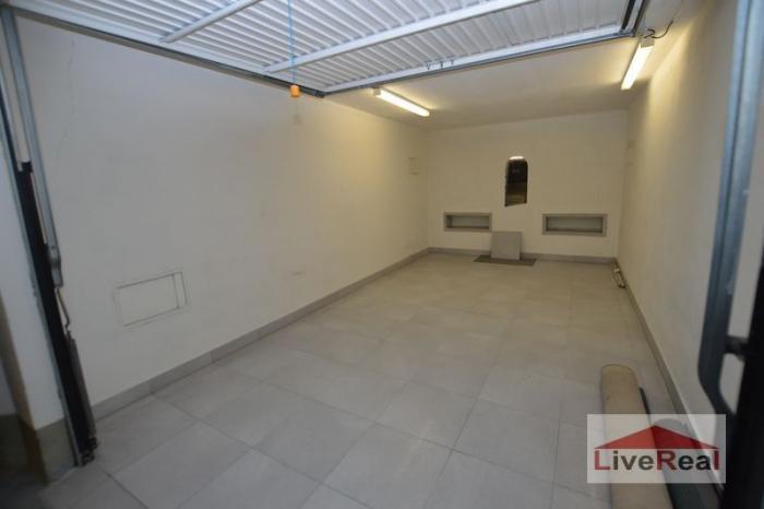 Reality Garáž - samostatná, ul. Kresánkova, 16m2, v garážovom dome
