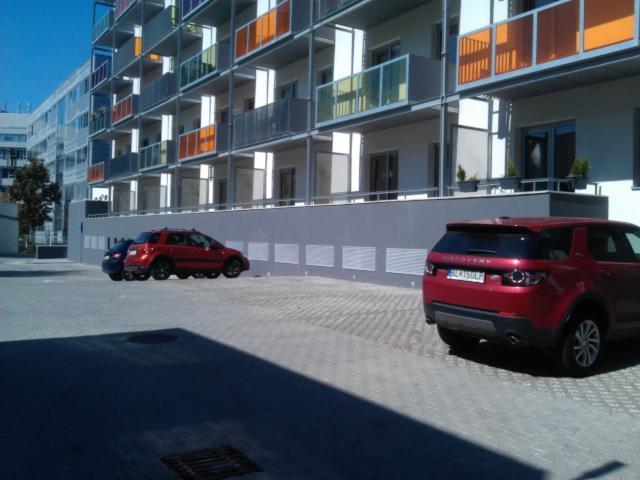 Reality Prenajmem Parkovacie státie Plynárenská / Prievozská