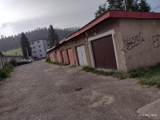 Reality Predaj garáž pri nemocnici v Trstenej
