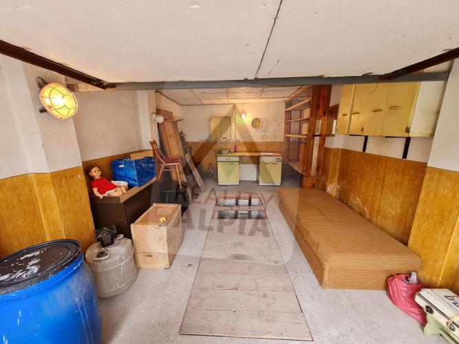 Reality Samostatne stojaca garáž, Komárno, Sídlisko IV